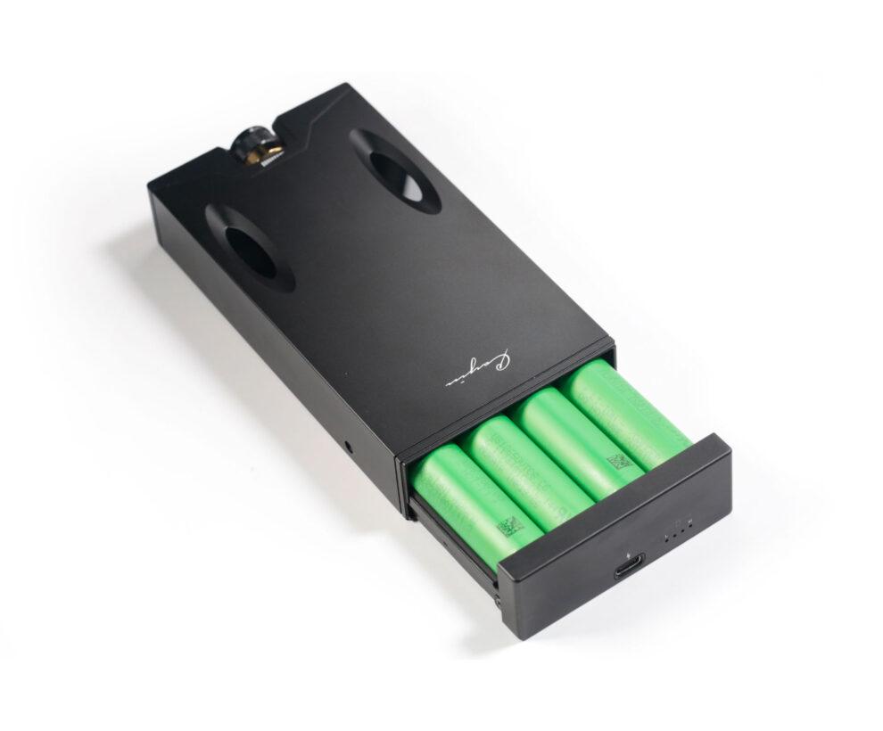 Cayin C9 mobiler Kopfhörerverstärker battery