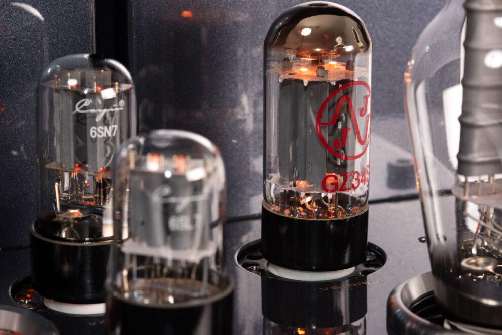 Cayin_CS-300A Röhrenverstärker röhren 6SN7